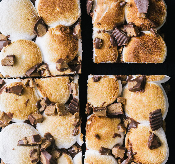 Recipe: Peanut Butter Cup S'moreo Bars