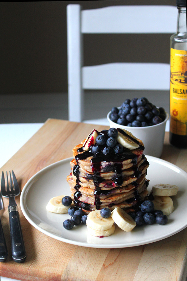 (via Blueberry Banana Pancake with Blueberry Balsamic Sauce Oh Sweet Day!)