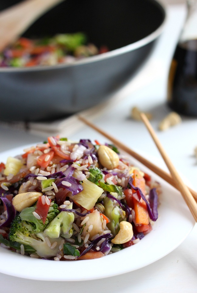 Pineapple and Cashew Stir-fry