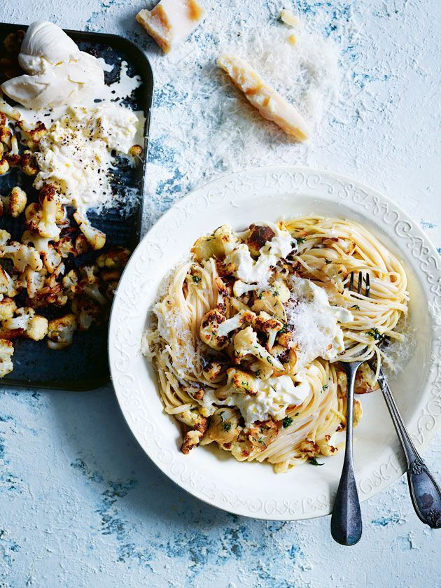 Spaghetti with Roasted Cauliflower and Thyme