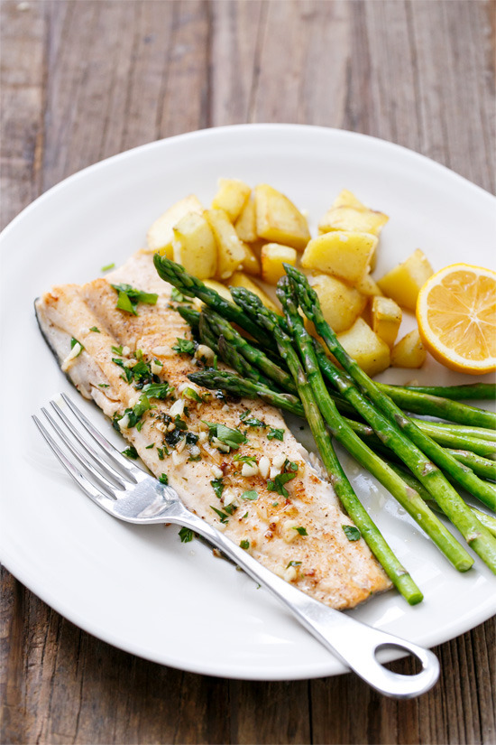 Pan-Fried Trout with Garlic, Lemon, & Parsley